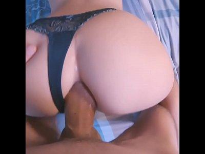 Muito sexo com essa novinha morena na cam
