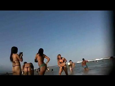 Flagra amador novinhas gostosas na praia