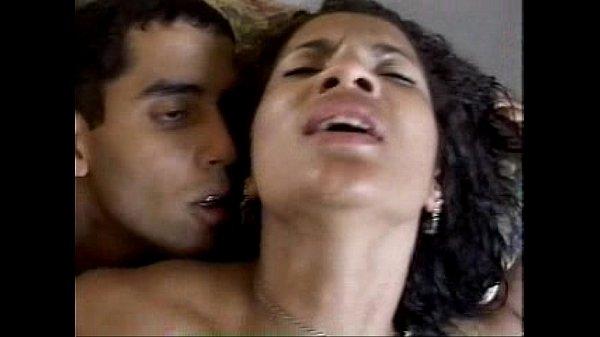 Video de sexo gratis morena dando o cu
