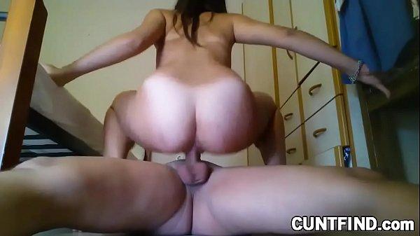 Bucetuda .: caseira do bucetão gozando no marido