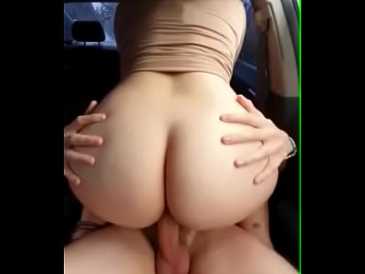 Americana nudelas forçada a fazer sexo no carro estragado a beira da estrada