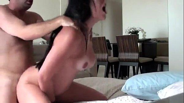Amadora mineira de Belo Horizonte gozando nesse filme de sexo