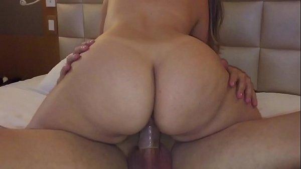 Videos de sexo mulher metendo com desconhecido na frente do corno