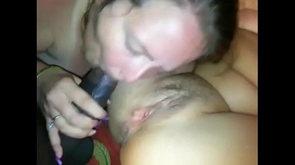 Site de sexo marido sortudo fodendo a esposa e amiga