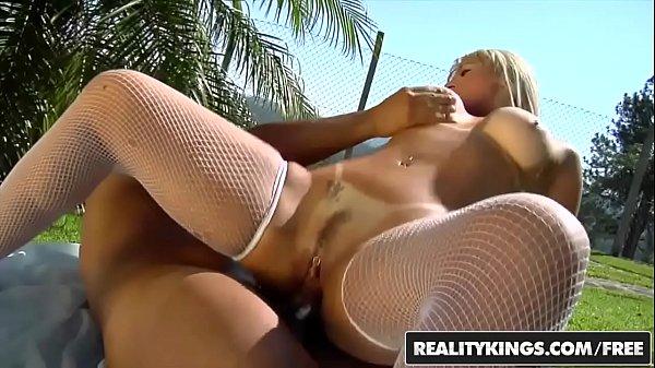 Boa fod brasil com loira dos peitões grandes