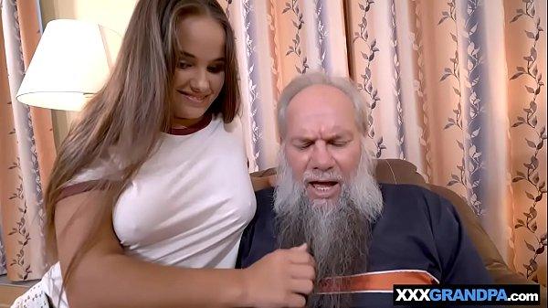 Videos incesto avô sortudo comendo neta de bunda gostosa