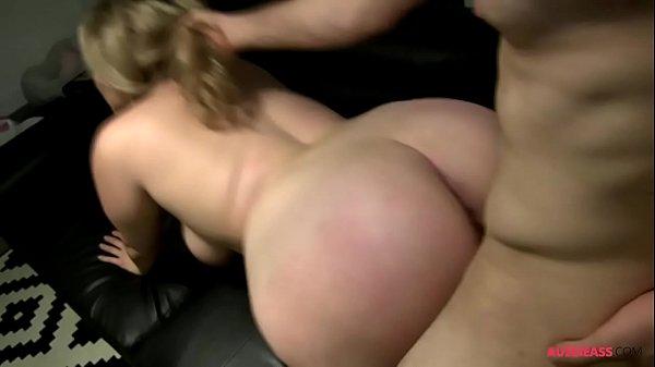 Sexoporno amador com peituda de bunda grande