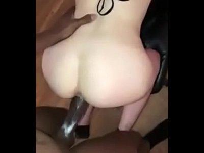 Passion HD loirinha sendo fodida no cu por negão