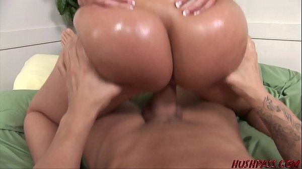 Sexo de graça loira do cuzão bonito metendo pelada
