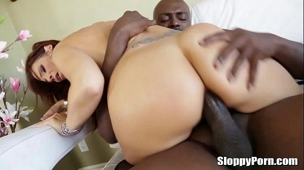 Sofazao do prazer negão comendo mulher gostosa