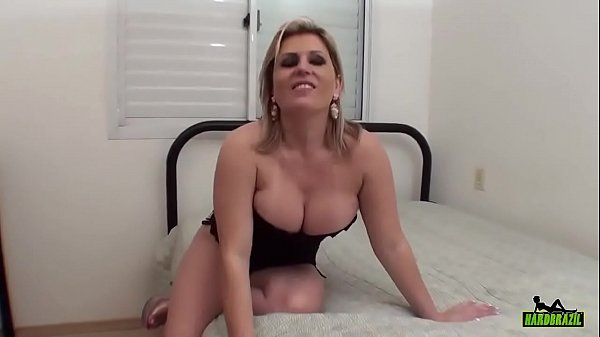 Ver xvideos loira brasileira gostosa fazendo sexo