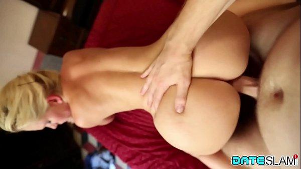 Www sexo com loirinha tesuda dando de quatro