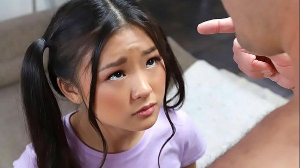 Porno japonesa novinha muito safada transando forte