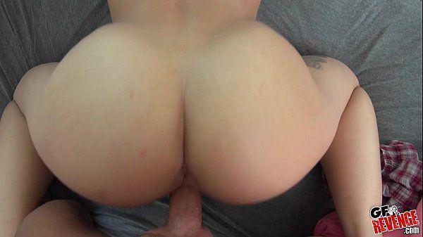 Namorada rabuda muito safada no porno fodendo