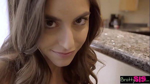 Porno proibido sexo com irmã novinha gostosa